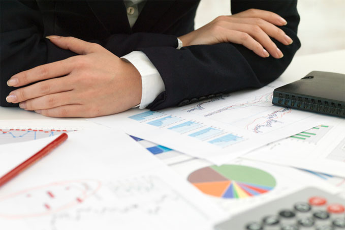 An accountant researching resources for IFRS and GAAP accounting standards.